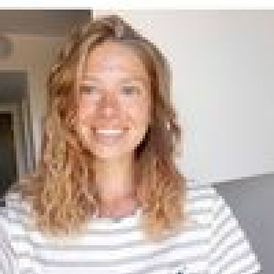 Seline zoekt een Kamer / Studio / Appartement in Den Haag
