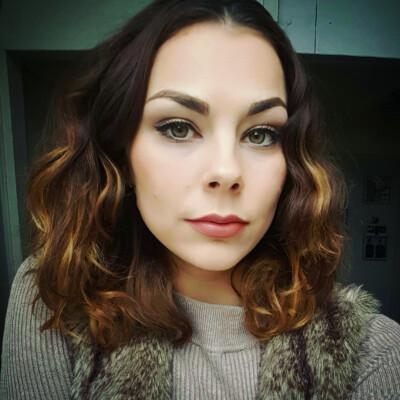 Eva zoekt een Studio / Appartement in Den Haag